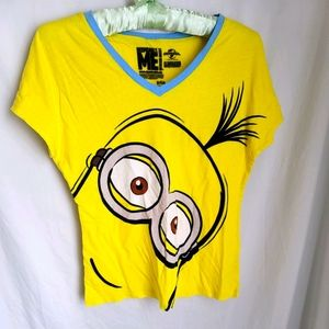 Despicable me vneck short sleeve tshirt size small